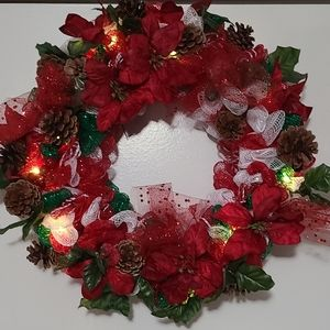 Deco Mesh Holiday Wreath with lights